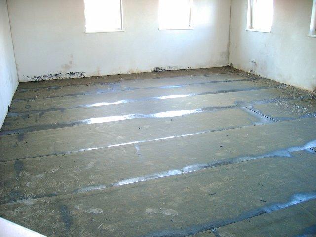 Fußboden Styropor Verlegen ~ Juni juli fußboden mannschaftsgebäude